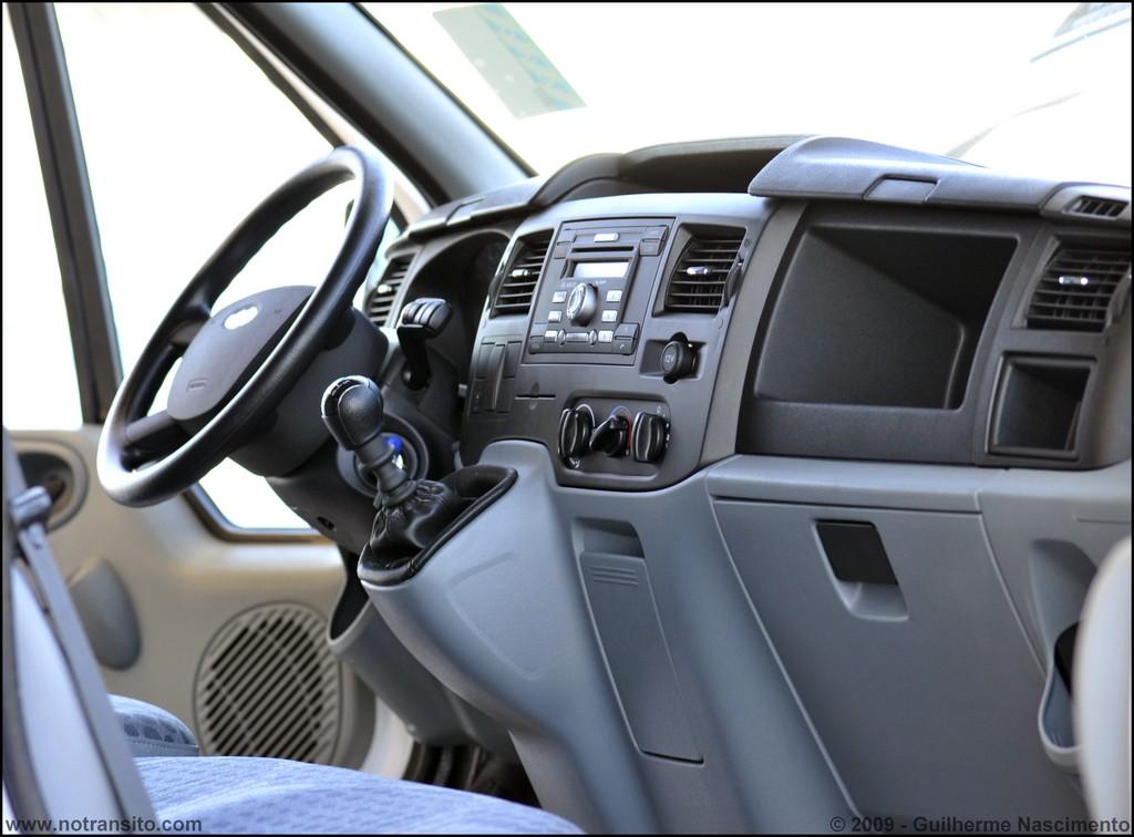 Ford Transit Wagon >> Ford Transit – Especificações e Ficha Técnica – No Trânsito